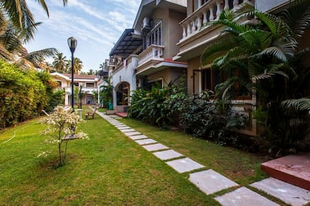 Baga Luxury 3 BHK Villa - カラングート
