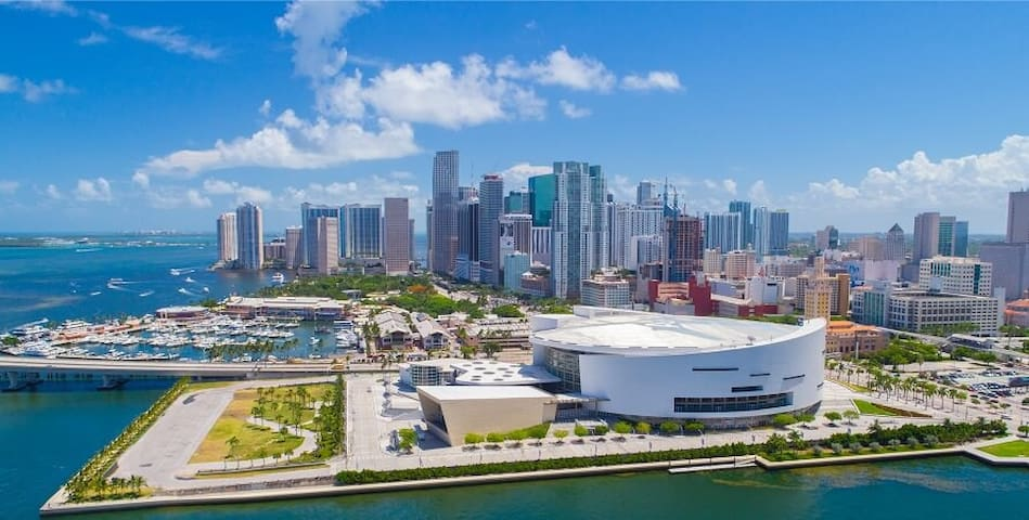 BEAUTIFULviews and space in Downtown Miami