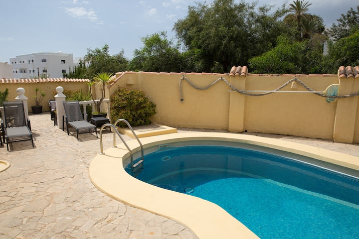 Villa Esperanza, 3 Bedrooms, 2 Bathrooms, Pool