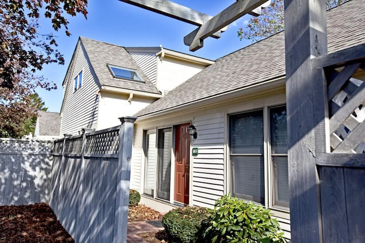 Townhouse Unit - Odd Years Only