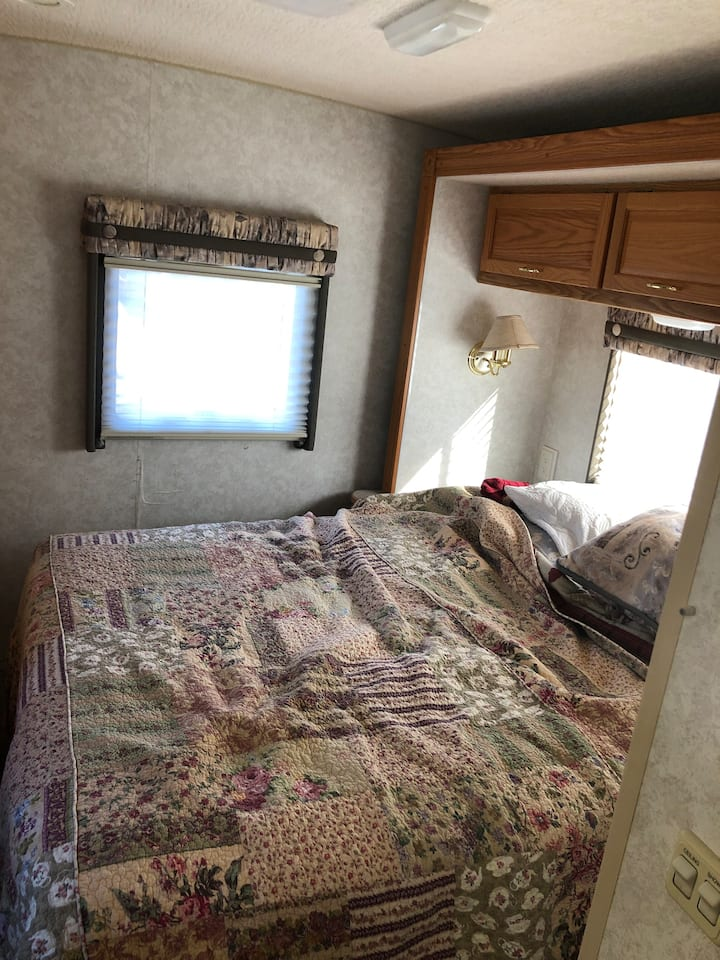 I have a crash spot available in Fairfield, cozy!!
