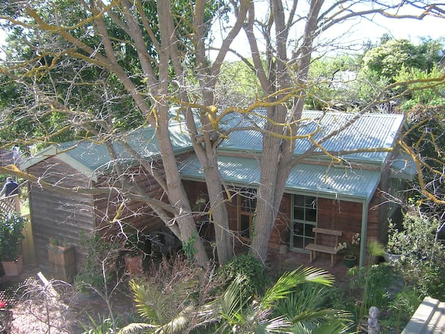Self Contained Rosebank Studio - McLaren Vale - Bed & Breakfast