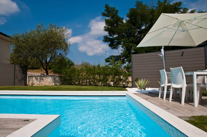 Carpe Diem! Villa for families with new pool