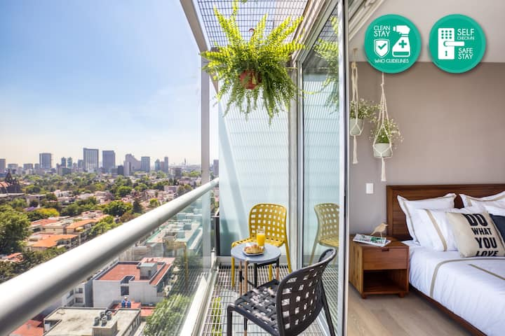 New apt in Polanco w/balcony, pool, rooftop & gym