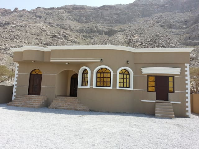 Very clean villa in Khasab - Khasab - Willa