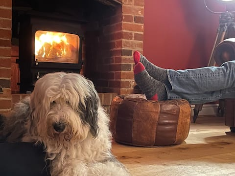 Hound & Human Holiday Home - Redgrave, Suffolk