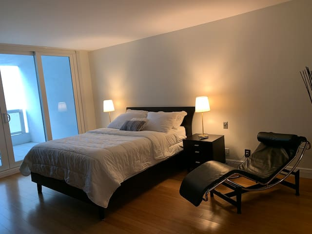 Luxury apt with sea view & hot tube Miami Downtown