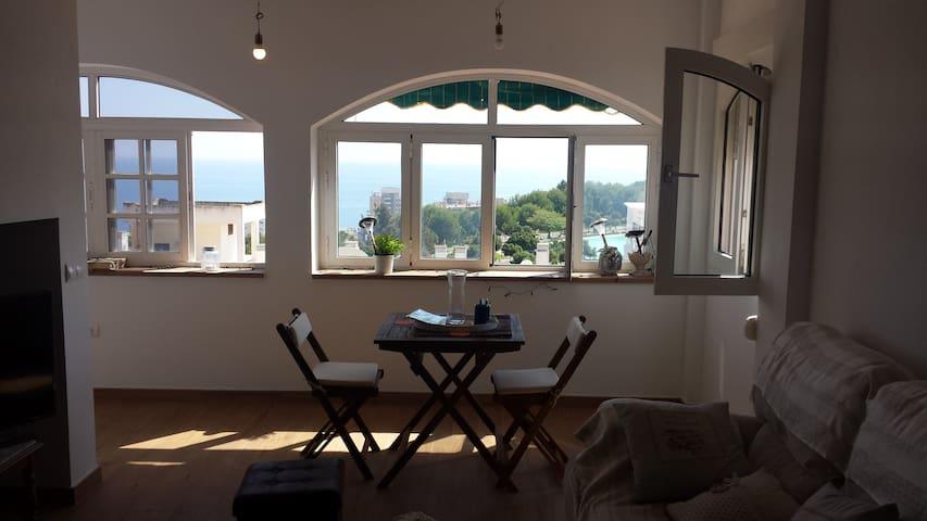 Gran habitacion enTorremolinos con vistas al mar - Torremolinos - Huis