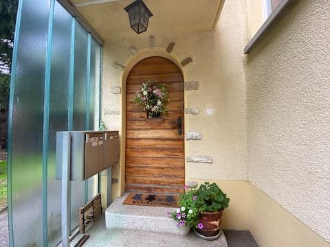 Acolhedor apartamento privado em um lugar tranquilo