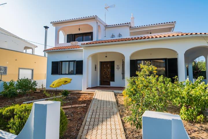 Latza Villa, Almancil, Algarve