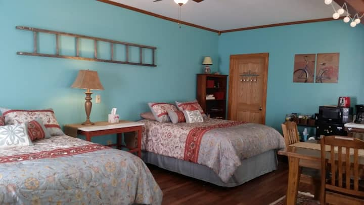 Clark's Suite - Katy Trail B & B