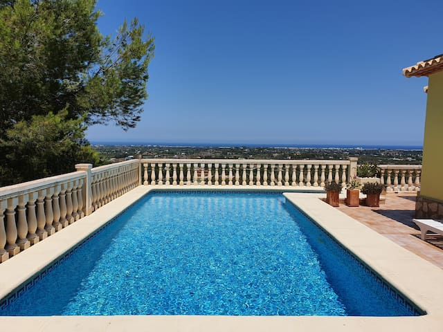 Private Villa With Panoramic View