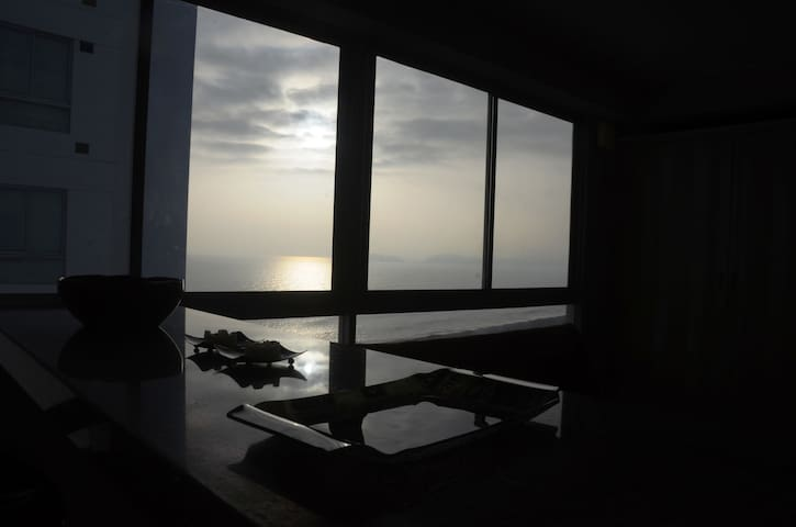 Apartment with view of the sea