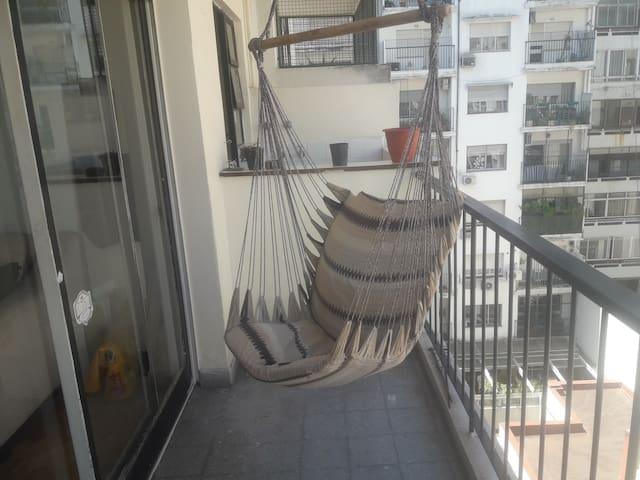 Excelente 2 ambientes con balcon