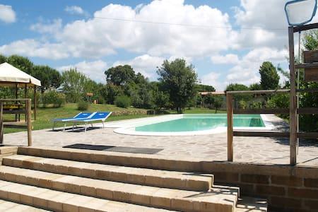 Cozy apartment with wifi and swimmingpool view - Castiglione della Pescaia - Maison