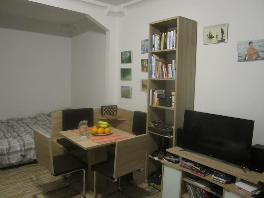 room - double bed, 4-chairs common table, multichannel cable TV, air-condition