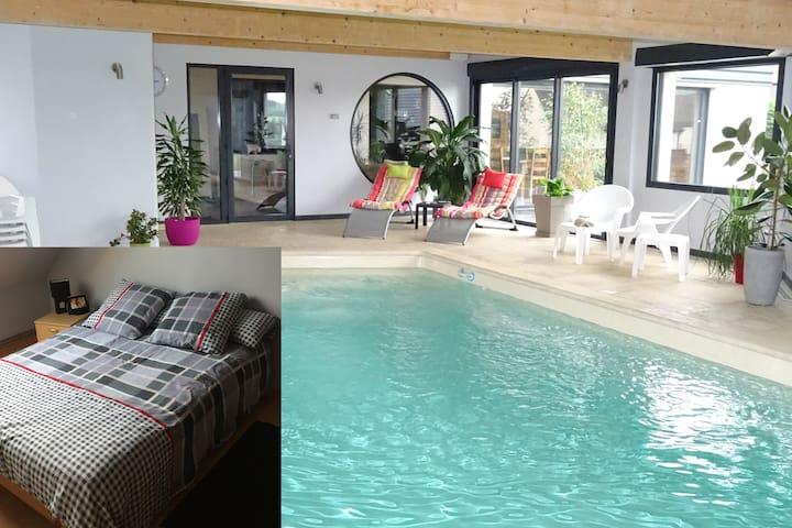 Chambre2,piscine, billard ,fitnessG - Dernancourt - Dom