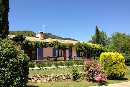 Sunny Provencal Villa w/Heated Pool - Salernes