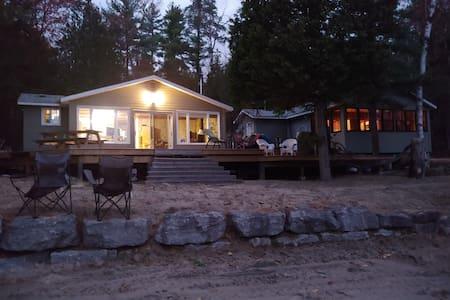 Resort-like Cottage 3