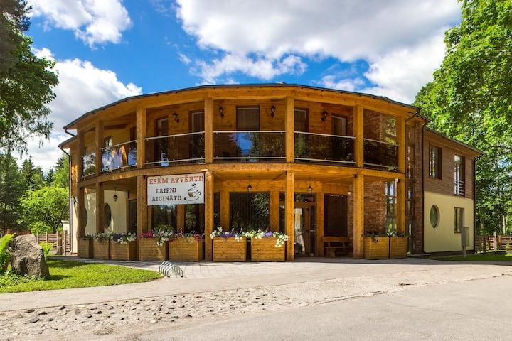 KEMERI Family Hotel in National park
