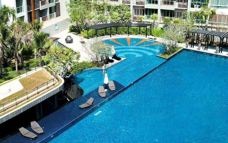 SEACRAZE D709 | Spectacular Pool | Near Beach