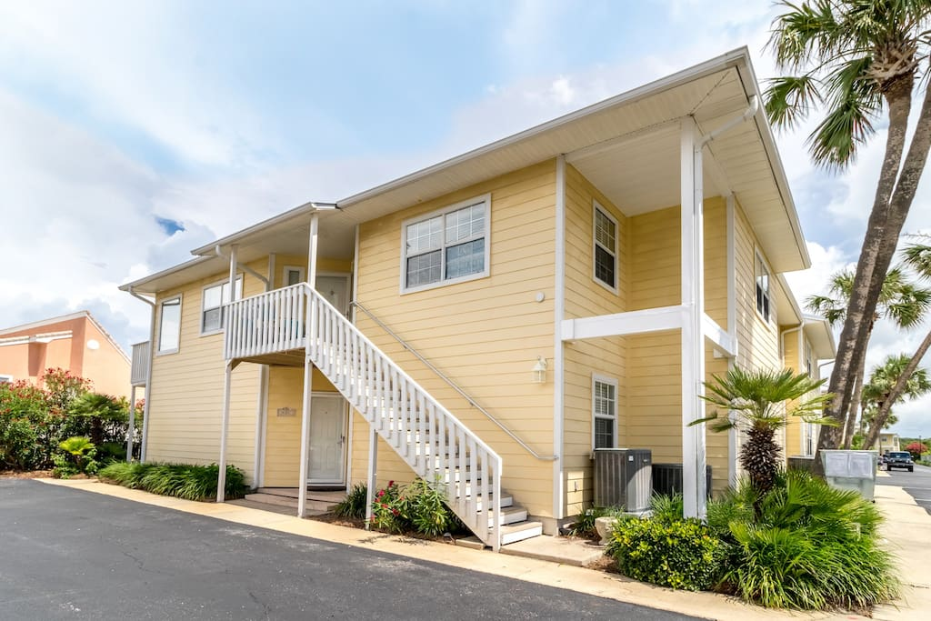 Destin Sands..  2nd floor has all the windows for Gulf Views, southern  faced for winter snowbirds keeping warm, 2 balconies , and vaulted ceilings make it airey and quiet for you!