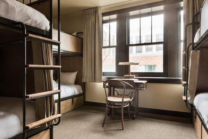 KEX Portland-Private Six Bed Room