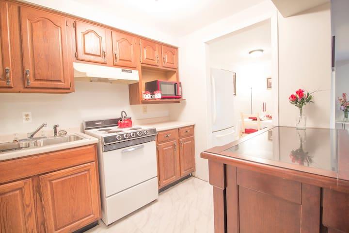 Lovely & Spacious Basement Apartment near Quantico - Stafford - Apartamento