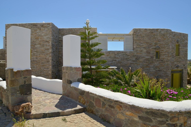 Valeria's Stone Villa House