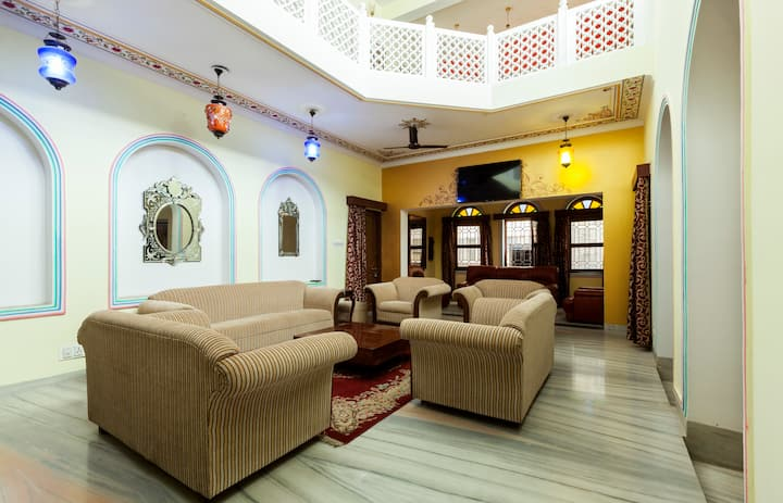 Royal Stay with Royal Hospitality- Bassi House.