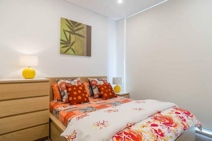 Amazing Riverview 1 bedr + Study large Apartment! - Ryde - Leilighet