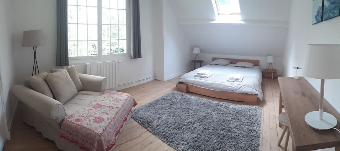 Chambre parentale avec lit king size