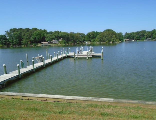 Waterfront Paradise 5 minutes to Chesapeake Bay