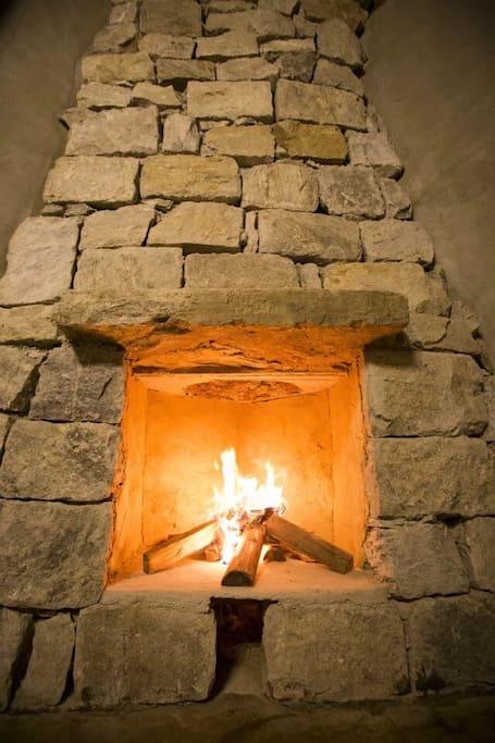 房间大壁炉
