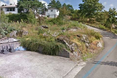 Place near the City, Arendal. Quiet and nice place