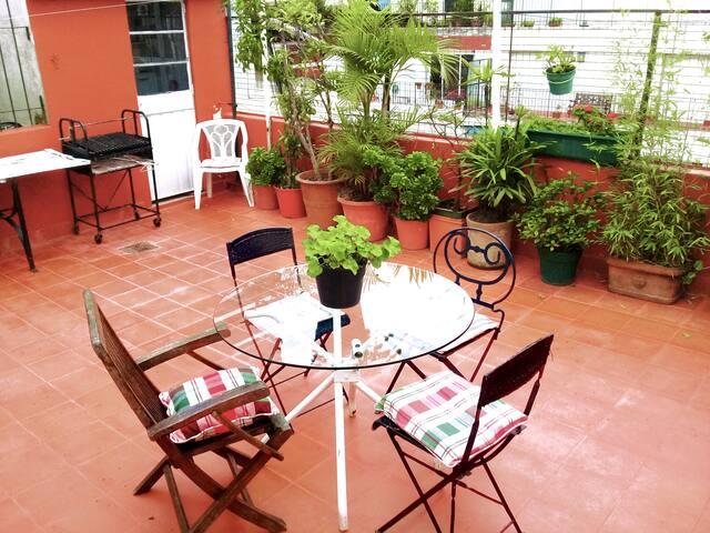 Cozy studio with own terrace in premium location!