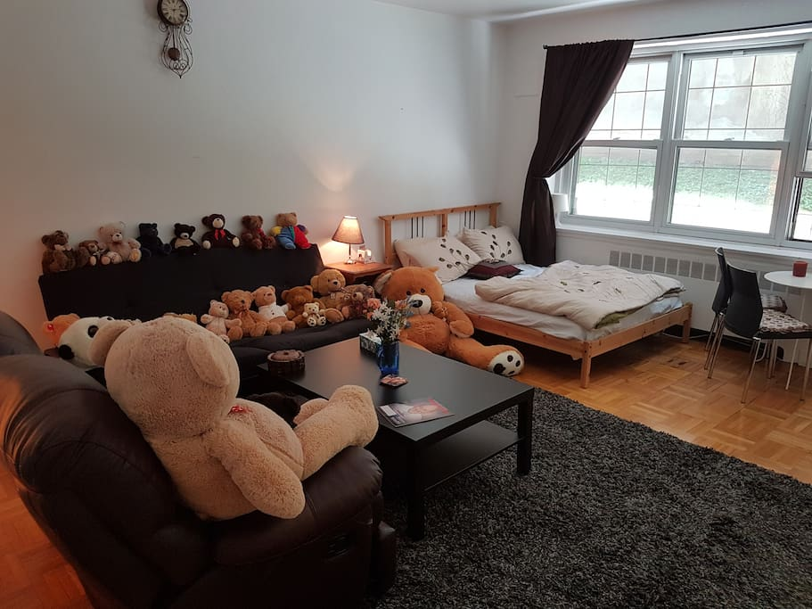 Welcome To The Teddy House