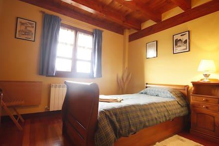 Habitación individual en Urdaibai - Bizkaia