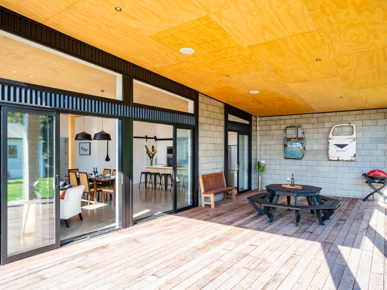 Heart of the Village - Mangawhai Holiday Home
