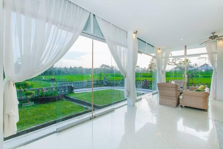 Ubud budget villa