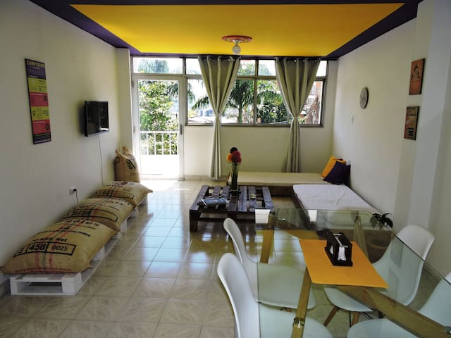 Campesino apartment in the middle of the town
