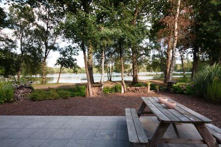 Heerlijk vakantiehuis in natuur (Maastricht e.o.) - Lanaken