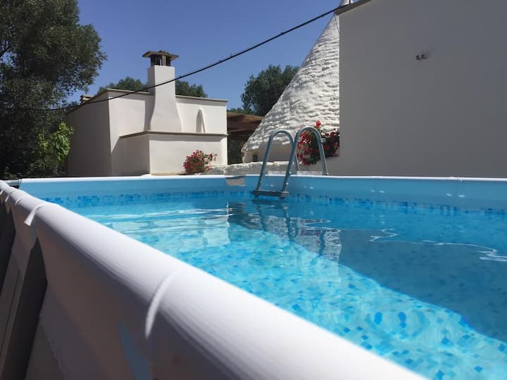Trullo Lauro:  Relax in stunning countryside