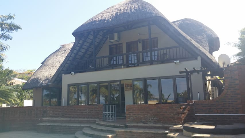 Breathtakingly beautiful, panoramic sea views - Umhlanga - Huis
