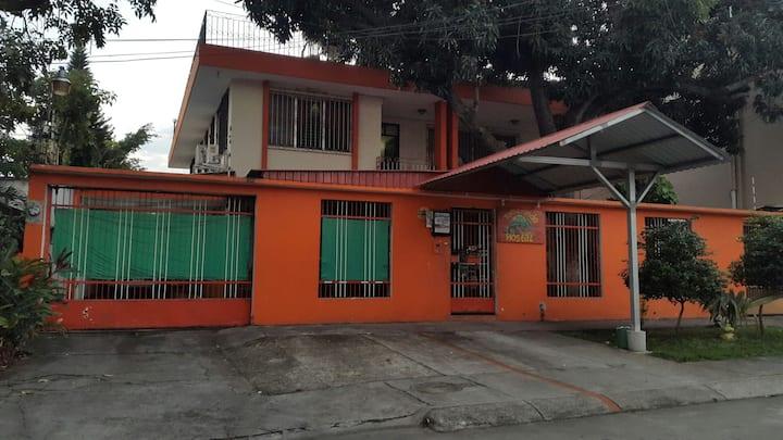 San pedro Sula Honduras Hostal Tamarindo