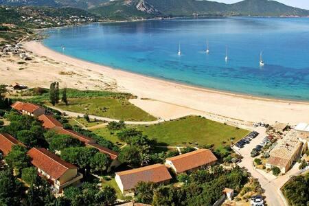 Chambre d'Hôtel sur la plage - Alata - Boetiekhotel