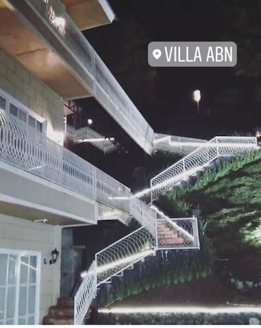 Villa abn a white cozy elegant villa puncak