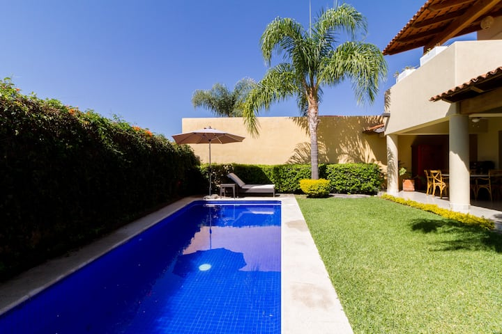 Ajijic, Mexico Perfect Vacation Home. Full Relax