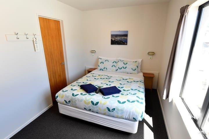 Double Room - YHA Wellington