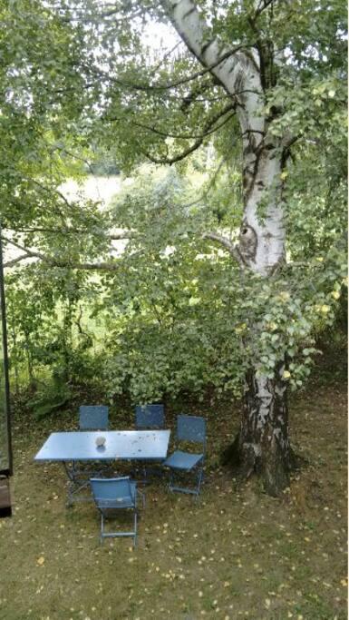 Ein Teil des lauschigen Gartens.